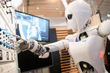 El evento de dos días organizado por Softbank, cuenta entre sus novedades con máquinas innovadoras para grandes empresas