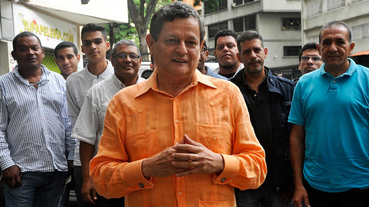 El candidato la alcaldía de Baruta aseguró que desde los municipios se debe preparar a la sociedad para derrotar a Maduro en las elecciones del 2018