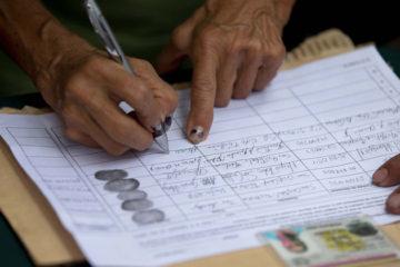 Técnicos del Poder Electoral y de los partidos políticos llevarán a cabo el proceso que finalizará este miércoles