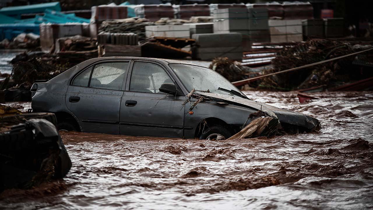 Otras dos personas están desaparecidas mientras las serias inundaciones continúan en el país