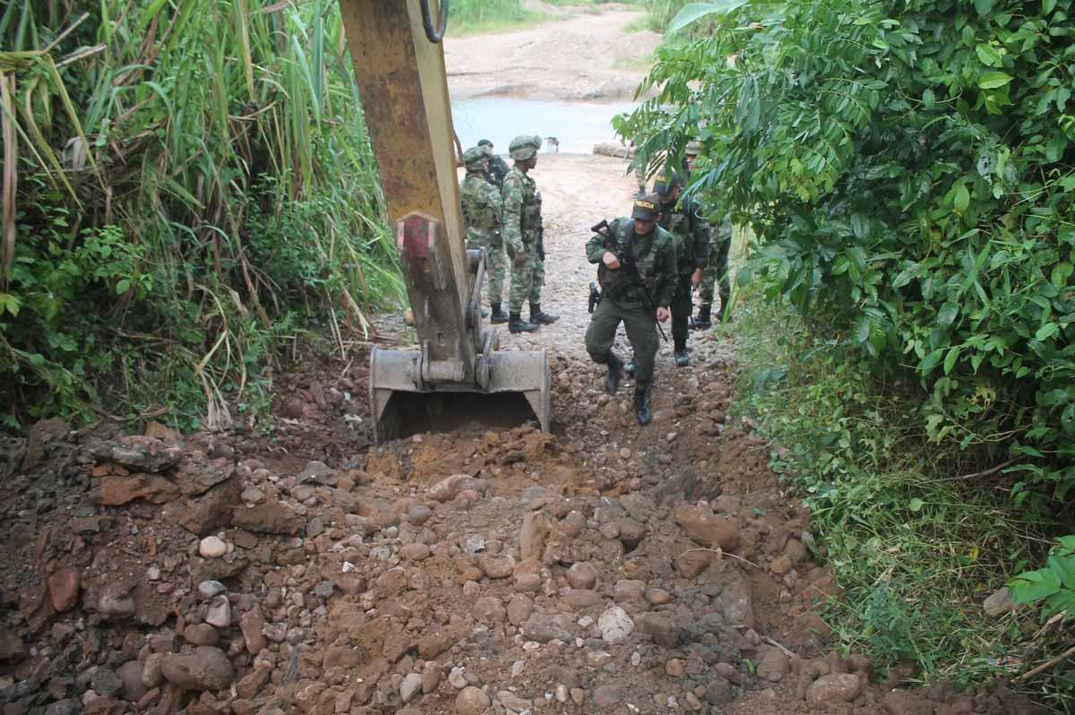 Inhabilitaron 52 de vías y 15.055 metros cúbicos de tierra movida en Táchira, para prohibir el paso de mercancía ilegal