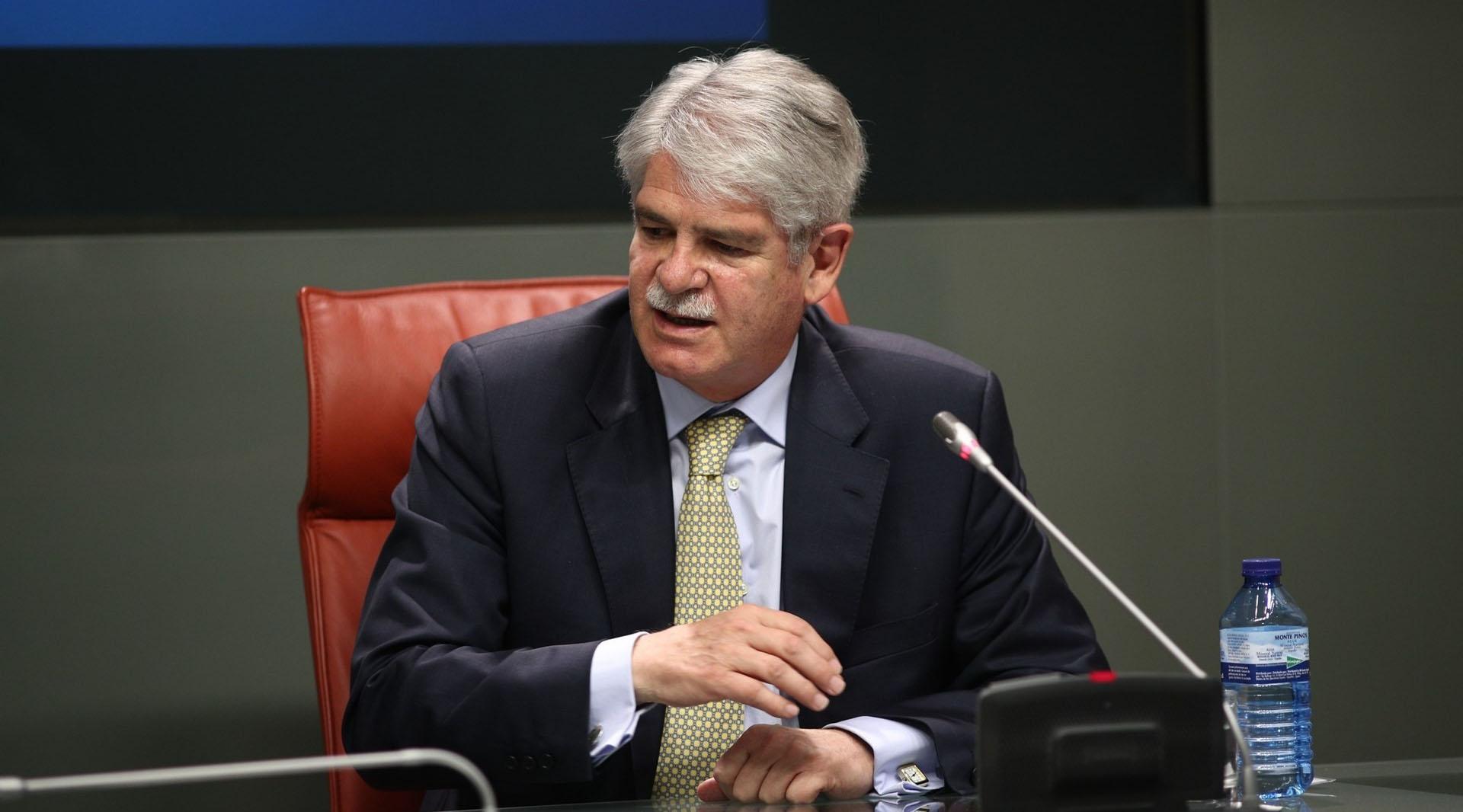 Alfonso Dastis, ministro español de Exteriores y Cooperación, realizó el llamado al secretario de Estado estadounidense, Rex Tillerson