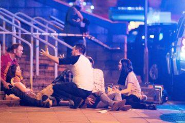 La policía cree que Salman Abedi, quien había regresado al RU desde Libia días antes del ataque, formaba parte de una red terrorista