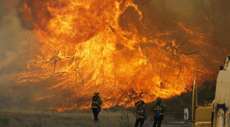 El incendio más grande y destructivo abarcó 220 kilómetros cuadrados y afectó al condado Ventura, al noroeste de Los Ángeles