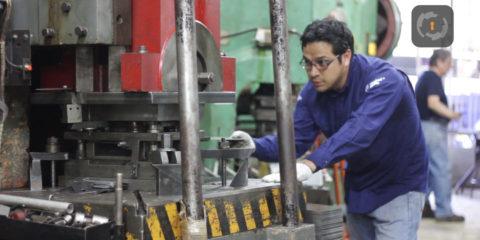 Video entrevista a vocero industrial de línea de producción Teras