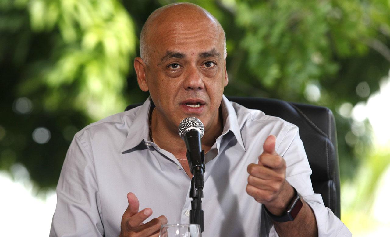 El Ministro causó polémica en una rueda de prensa