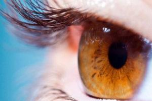 El tratamiento de la compañía Spark Therapeutics consiste en la inoculación de un virus que inserta nuevos genes en los ojos de pacientes afectados