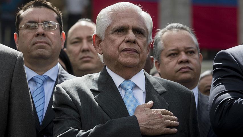 Señaló que el Poder Legislativo, como foro político, creará condiciones para que lo decidido se garantice cabalmente a los venezolanos
