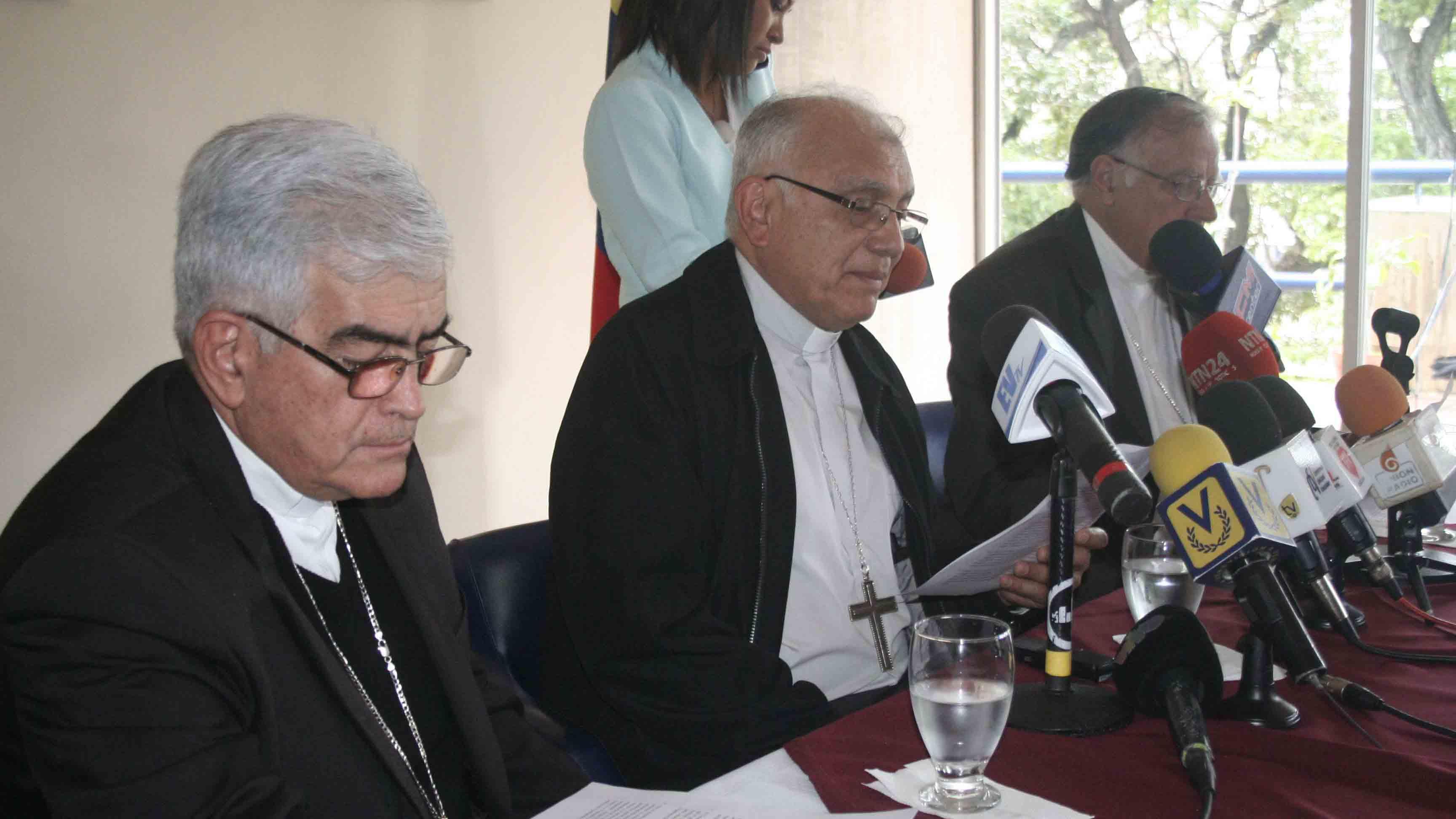 """La jerarquía católica emitió un comunicado en el que condena """"las muertes de civiles en acciones perpetradas por fuerzas militares"""""""