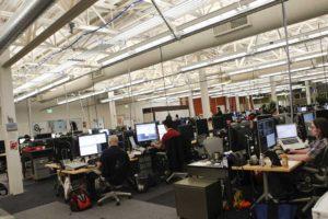La compañía ya tiene 10.000 personas trabajando en esos aspectos, pero duplicará esa cifra para finales de año