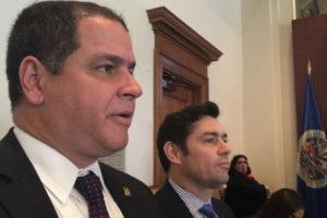 El diputado también se refirió al retirodel ministro de Exteriores mexicano, Luis Videgaray, del proceso de diálogo
