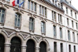 El portavoz del Ministeriofrancés de Exteriores rechazóla sentencia delTSJ que ordenó al CNE excluir a la alianza opositora
