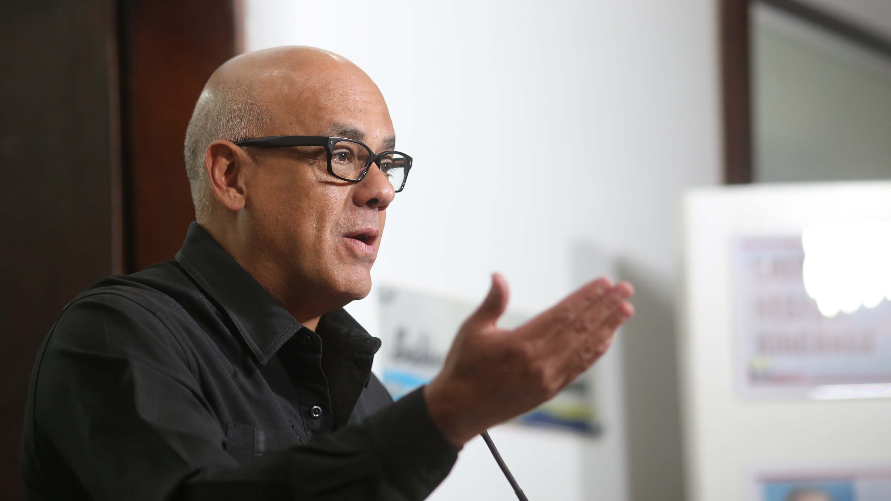 El ministro Jorge Rodríguez ratificó que el oficialismo espera continuar dialogando con sectores de la oposición