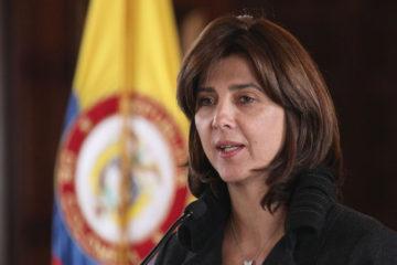 La canciller colombiana señaló que su país cree que la crisis de Venezuela debe ser resuelta por los mismos venezolanos