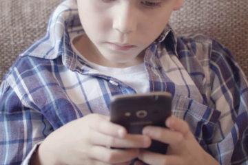 """El niño de seis años años alertó a la policía de La Coruña con una llamada. """"A mi mamá la van a matar"""", dijo"""