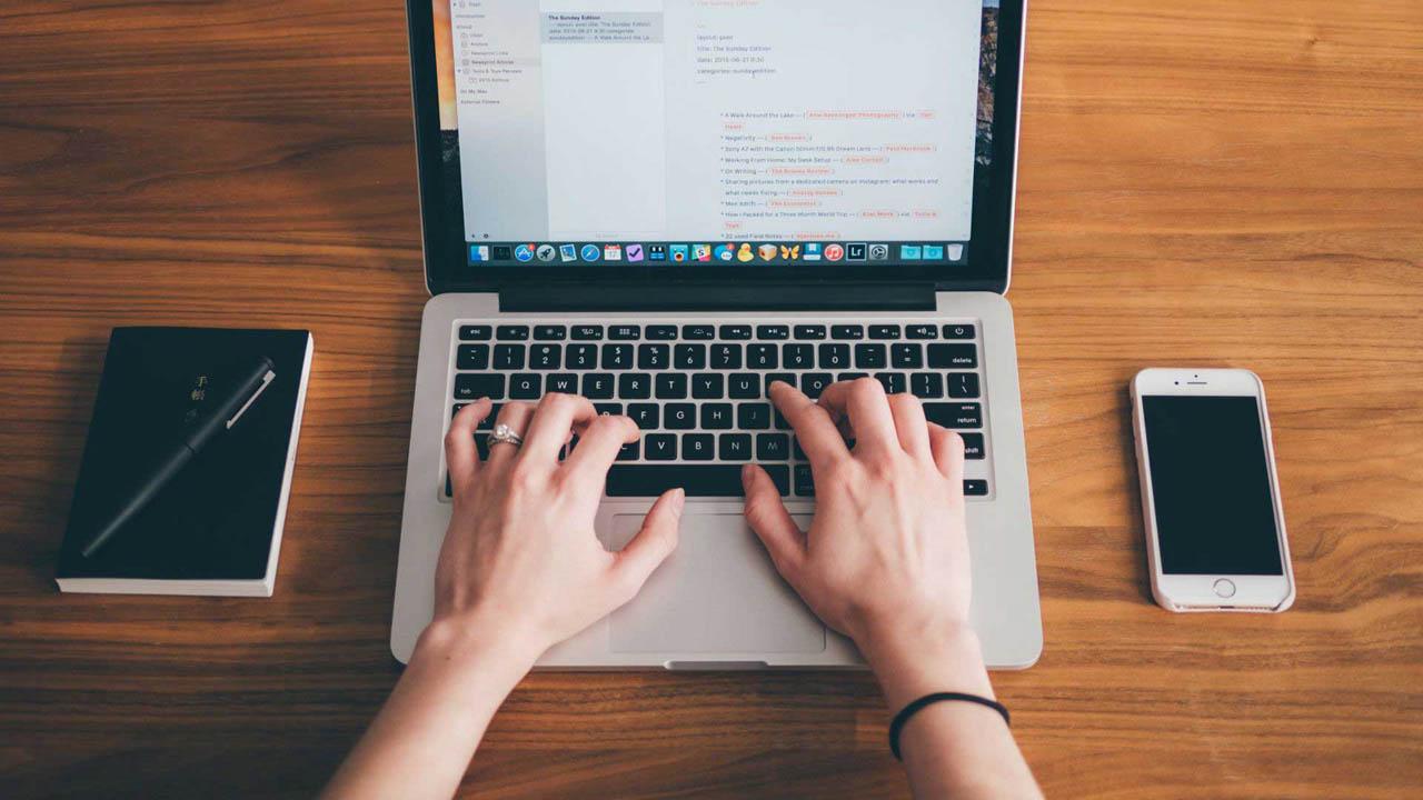 Para los expertos lo fundamental es establecer horarios y objetivos, al mismo tiempo no perder la calma si no hay conexión a la web