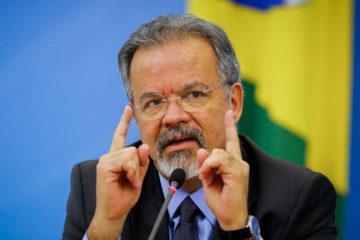 Solo en Boa Vista hay 40.000 ciudadanos inmigrantes. El ministro de Defensa, Raúl Jungmann, expresó su preocupación y disposición por reubicarlos en otras regiones