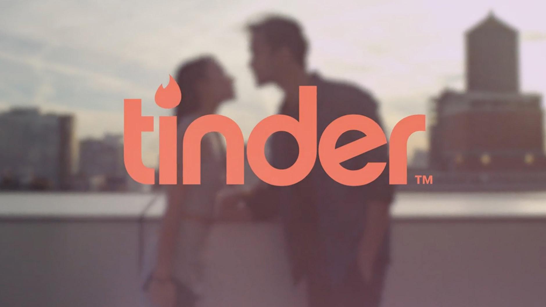 """Tinder ahora ayuda a sus usuarios a encontrar """"más uno"""" para las bodas"""
