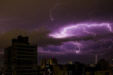 Tres muertos por tormenta eléctrica en Brasil