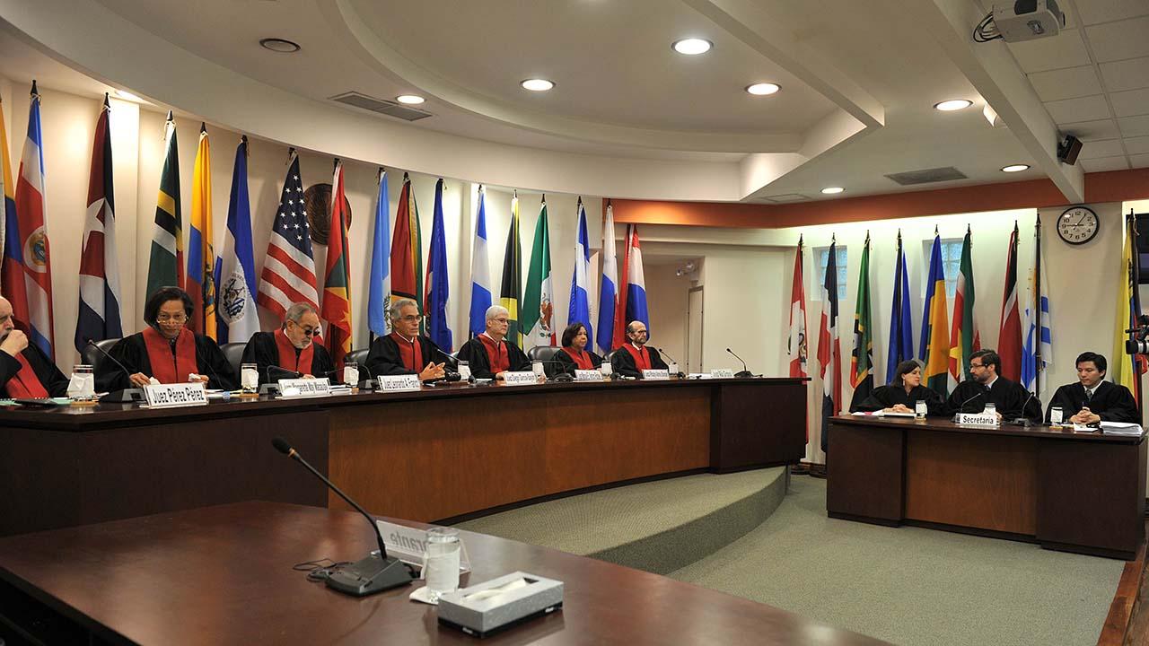 La publicación del informe de la comisión sobre el país aumenta la presión al Gobierno en el ámbito internacional
