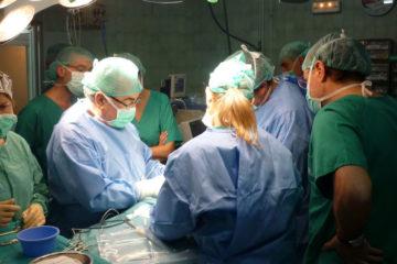 La paciente de 54 años tenía un nódulo maligno en el cuello que era compatible con cáncer