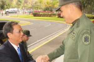 El embajador de la República Popular China, Li Baorong se reunió con el ministro Vladimir Padrino López en la sede del MPPD