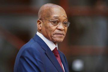 El mandatario Jacob Zuma se encuentra involucrado en numerosos escándalos de corrupción y es cada vez menos popular incluso en el partido del Gobierno