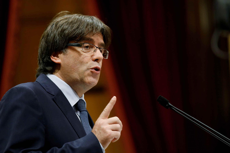 El ex líder catalán comparecerá este lunes para conocer si se abrirá un procedimiento judicial que estudie su extradición