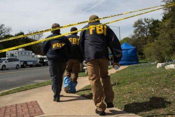 El sospechoso falleció a causa de la detonación de un artefacto que llevaba consigo mientras era perseguido por el FBI