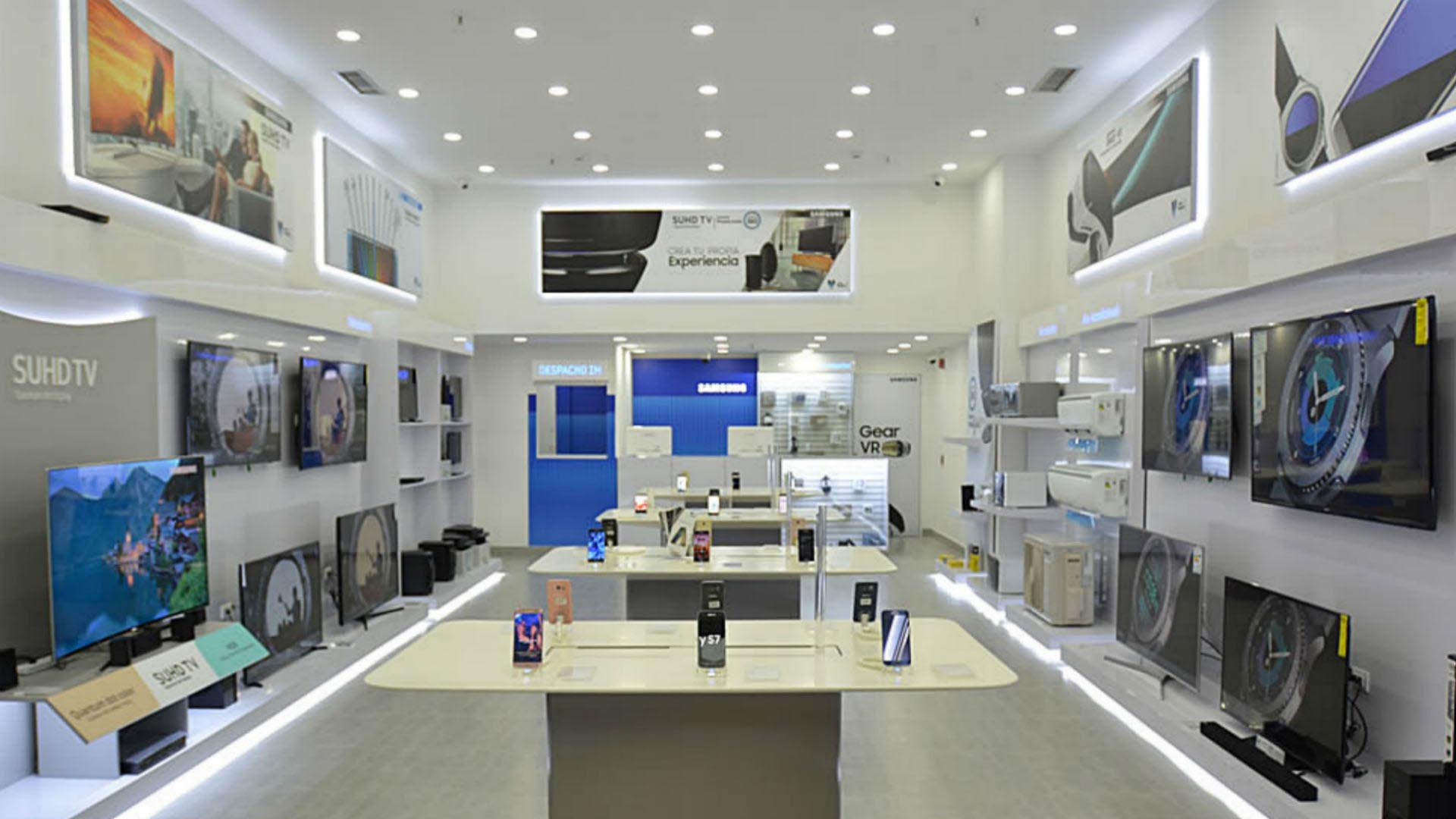 Doble llave - CLX Samsung inauguró nueva tienda en Falcón