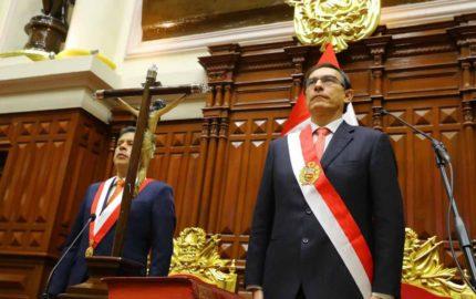 Doble llave - Martín Vizcarra asume la presidencia del Perú