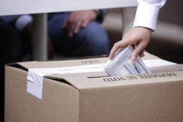 Con el 81,3 % escrutado, Iván Duque, del partido liderado por el expresidente Uribe, obtuvo 3.282.020 votos