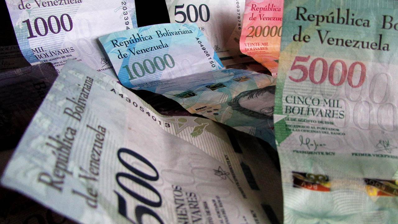 El vicepresidente Tarek El Aissami, informó que las personas están relacionadas al boicot contra la moneda venezolana