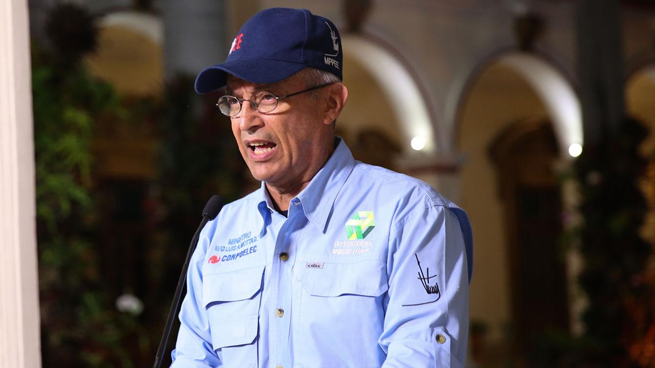 El ministro Luis Motta Domínguez informó que las personas tenían 1.100 kilos de cable con destino a Trinidad y Tobago
