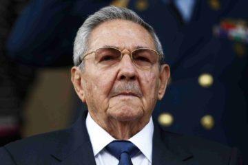 DOBLE LLAVE - En el marco del cumplimiento del reglamento cubano Raúl Castro deberá entregar su cargo tras diez años de mandato