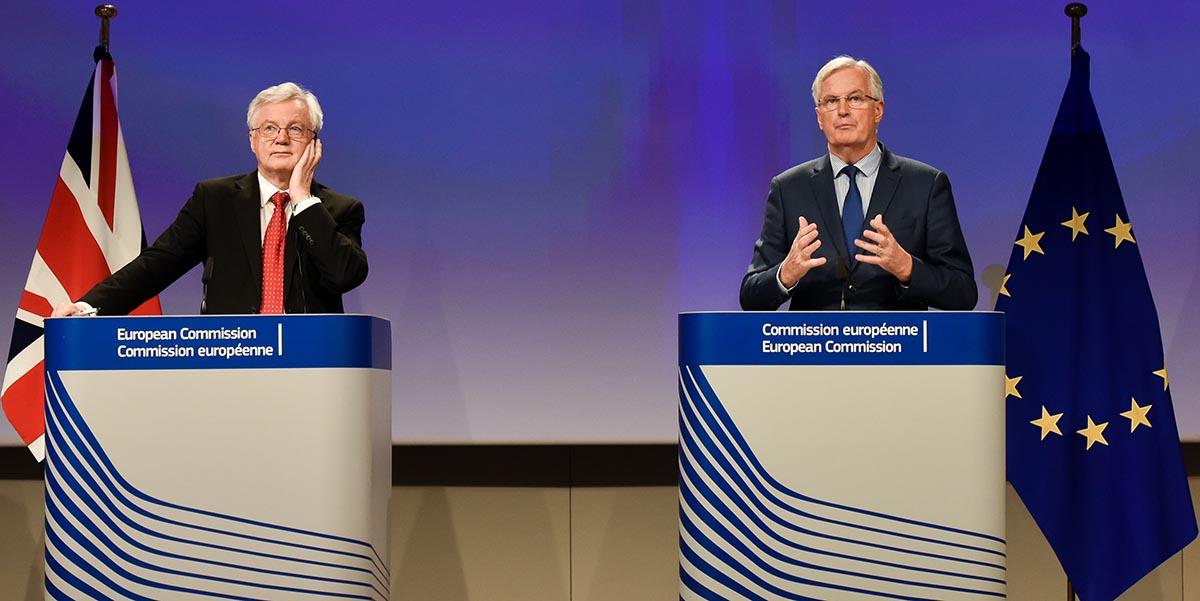 El negociador de la UE para el Brexit, Michel Barnier, indicó en una entrevista que el país puede cambiar de opinión a pesar de que las negociaciones para su salida están en pleno desarrollo