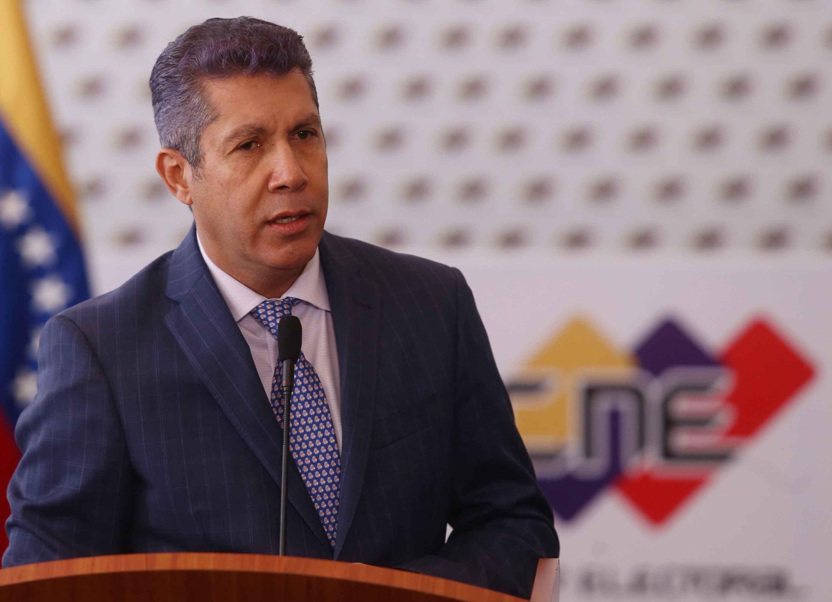 Henri Falcón aplaudió a los nuevos rectores del CNE