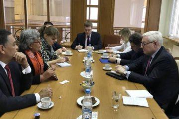 La presidenta del Consejo Nacional Electoral (CNE), expresó las fortalezas y garantías del sistema electoral venezolano en Moscú