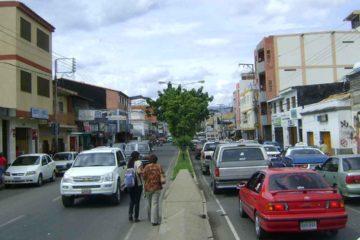 Un menor de edad y un ciudadano colombiano formaron parte del grupo de lesionados que dejó la detonación