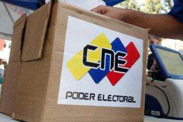 La información la dio a conocer la presidenta del ente rector, Tibisay Lucena, quien indicó que se elegirán 4900 cargos