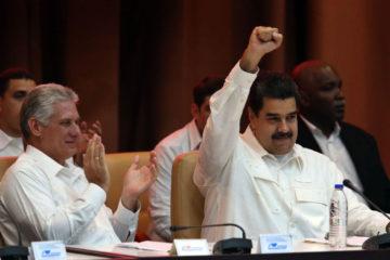 El mandatario venezolano se encontrará este sábado 21 de abril con su homólogo recién electo en la isla caribeña
