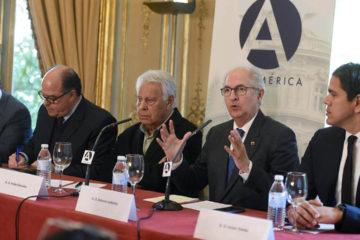 Diputados venezolanos exigen rechazo internacional a los comicios que se realizarán el próximo 20 de mayo