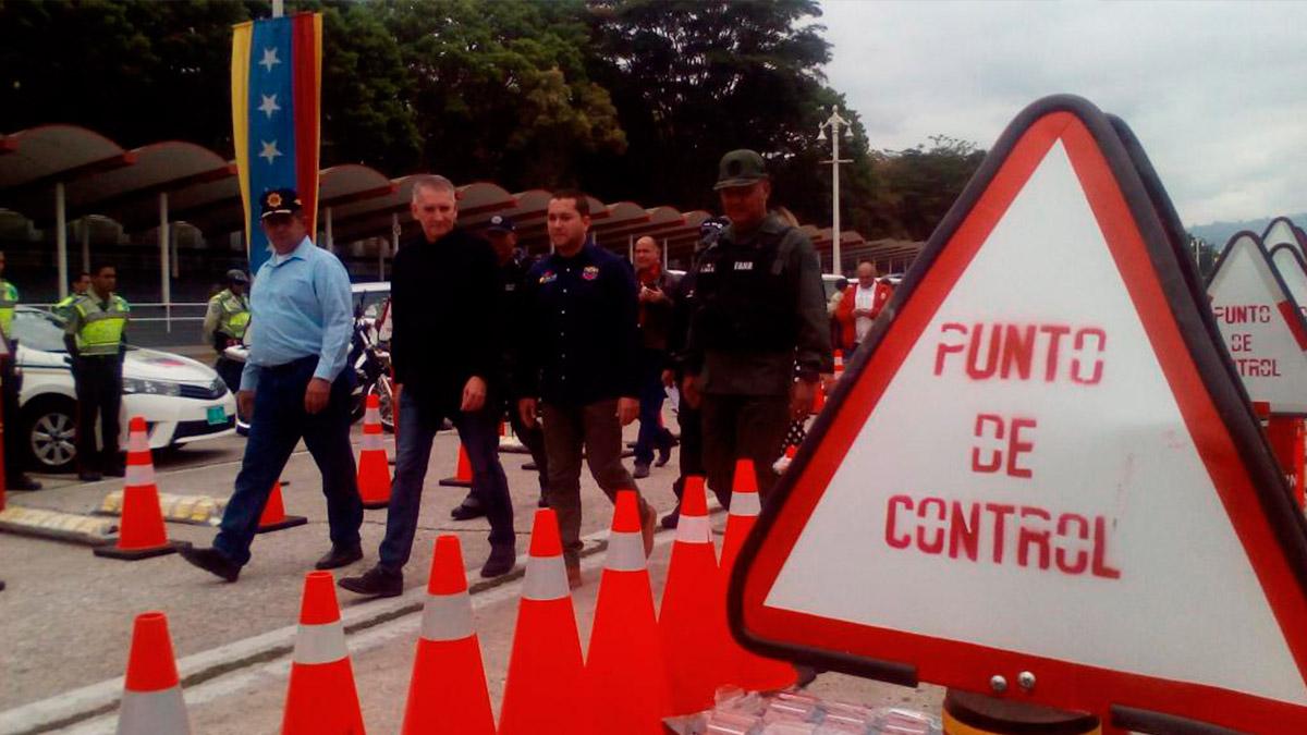 1.600 equipos fueron entregados a distintos cuerpos policiales para fortalecer puntos de control