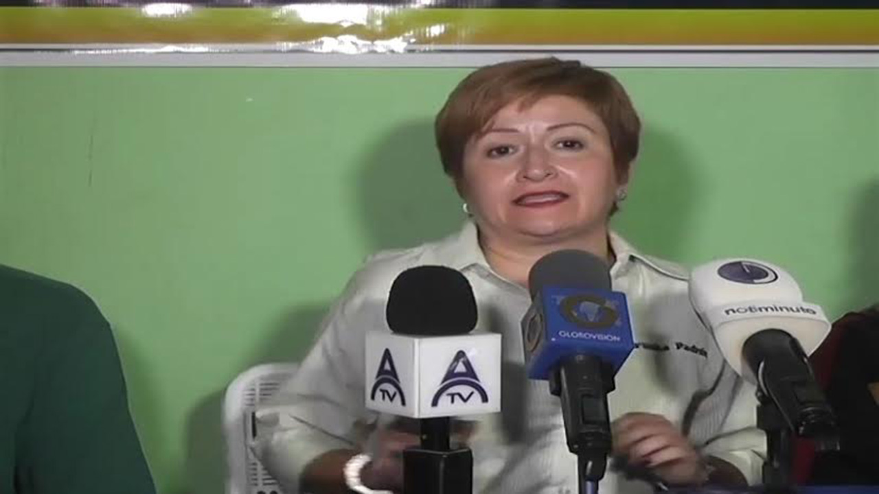 Doblellave-Exsecretaria de la MUD de Anzoátegui renunció a su candidatura