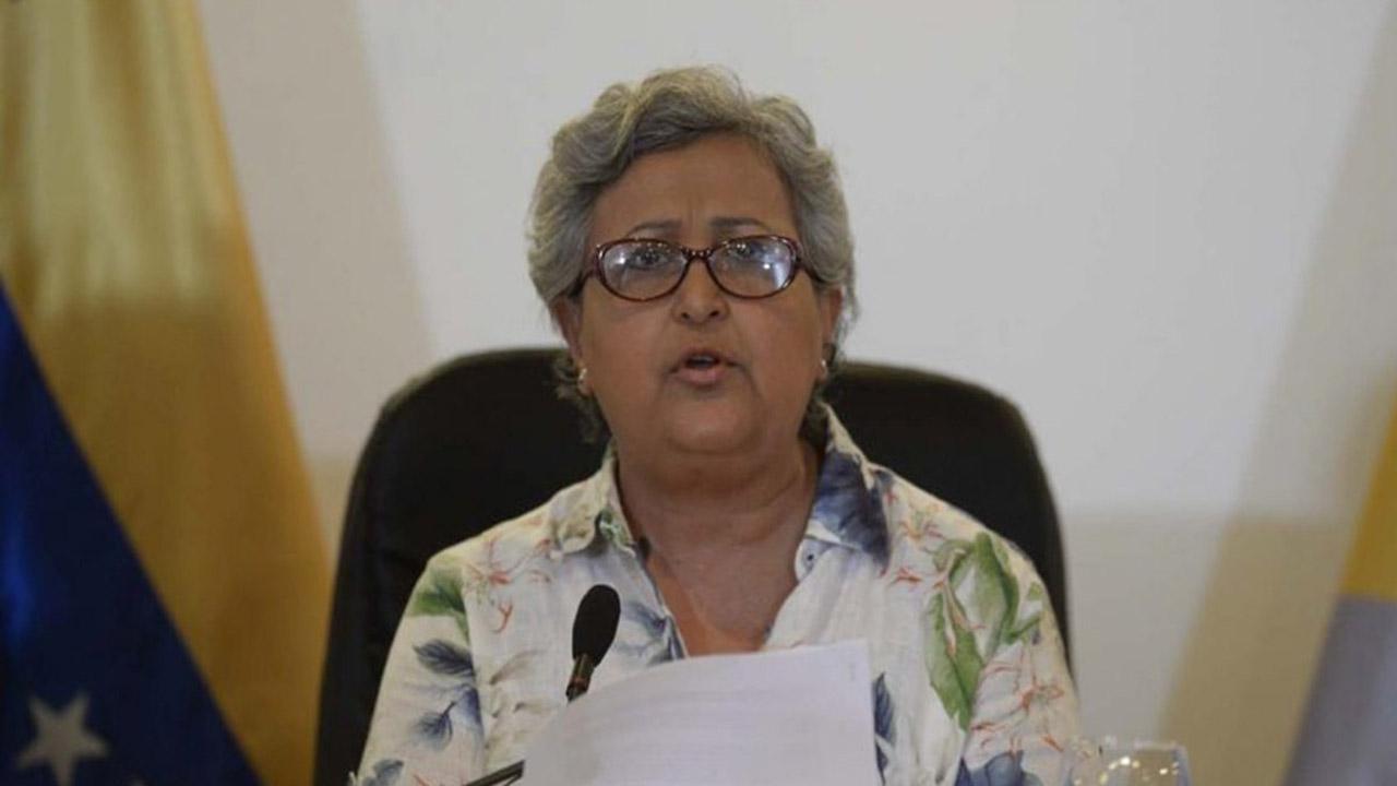 La rectora señaló que dicha actuación está prohibida en la Ley Electoral