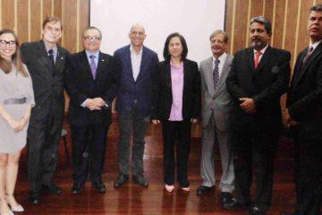Doble Llave - La doctora Haydee Cisneros de Salas desempeñará el cargo hasta el 2020 y desde ya tiene planes y acciones para continuar con el crecimiento de la organización