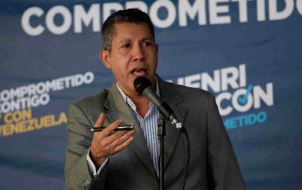 Doble Llave - El candidato presidencial invitó al ex jefe del Gobierno de España Felipe González para que se entere de forma directa lo que ocurre en torno a las elecciones
