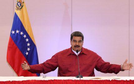 El presidente indicó cinco casos irregulares de los 14 mil centros electorales que han sido atendidos