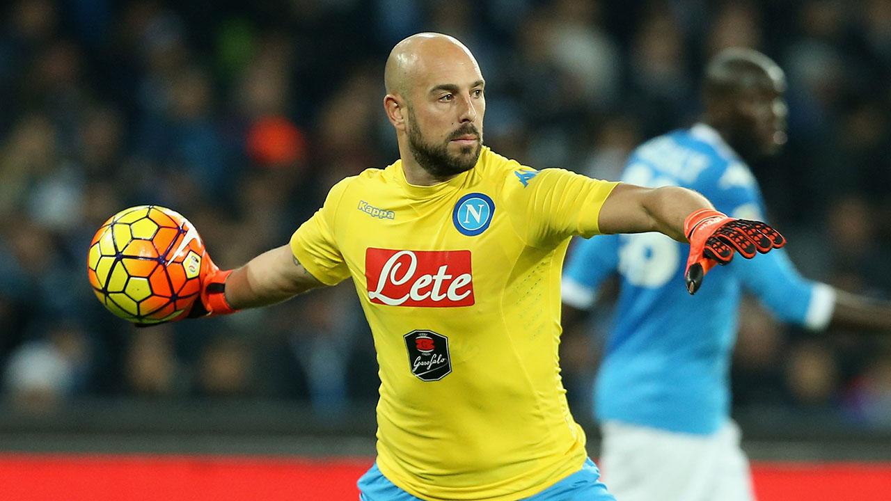 El jugador es investigado por la FIGC por permitir el acceso a tres delincuentes a un estadio deportivo