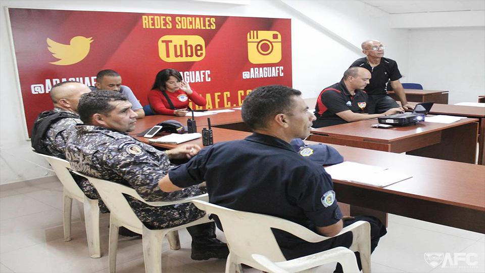 Más de 250 efectivos de seguridad del estado despliegan operativo para que fanáticos disfruten sin violencia